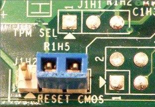 So setzen Sie das CMOS zurück und warum es möglicherweise benötigt wird Es gibt Zeiten, in denen ein BIOS-Setup-Fehler auftritt und der Computer nicht startet.  Erfahren Sie, wie Sie das CMOS zurücksetzen und den Standardzustand wiederherstellen können.