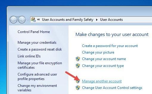 Was ist ein Standardbenutzerkonto und wie kann es in Windows aktiviert werden?