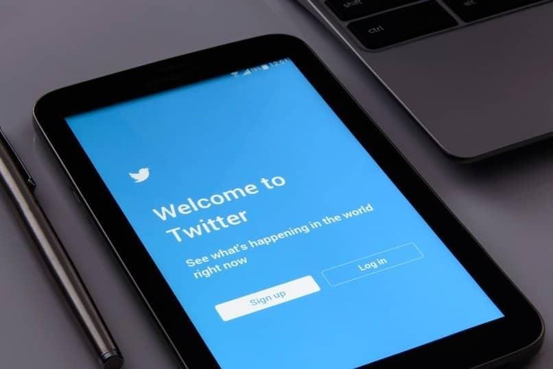 lade ein gif auf twitter hoch