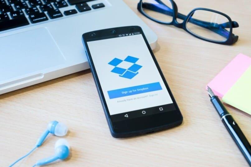 Dropbox-App, die auf einem mobilen Gerät ausgeführt wird