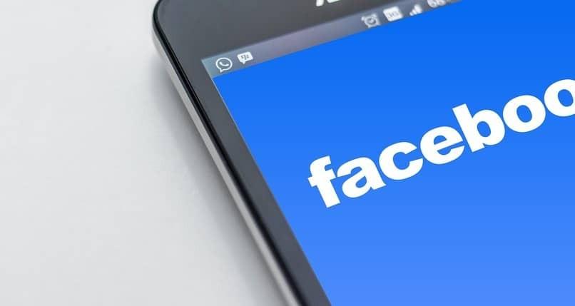 wie man Emoji-Musik auf Facebook macht