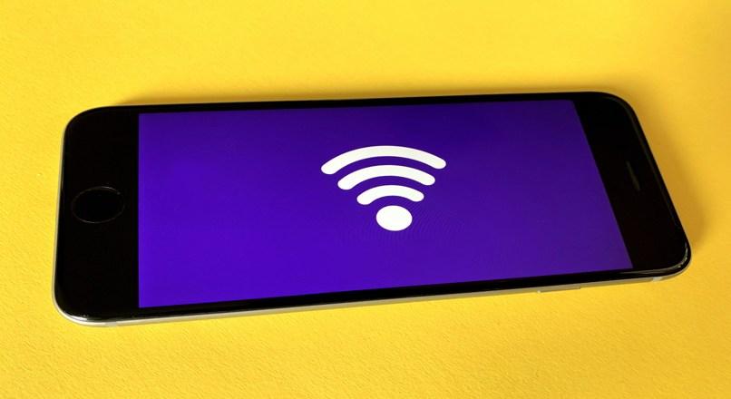 Konfigurieren Sie das WLAN-Netzwerk des Telefons