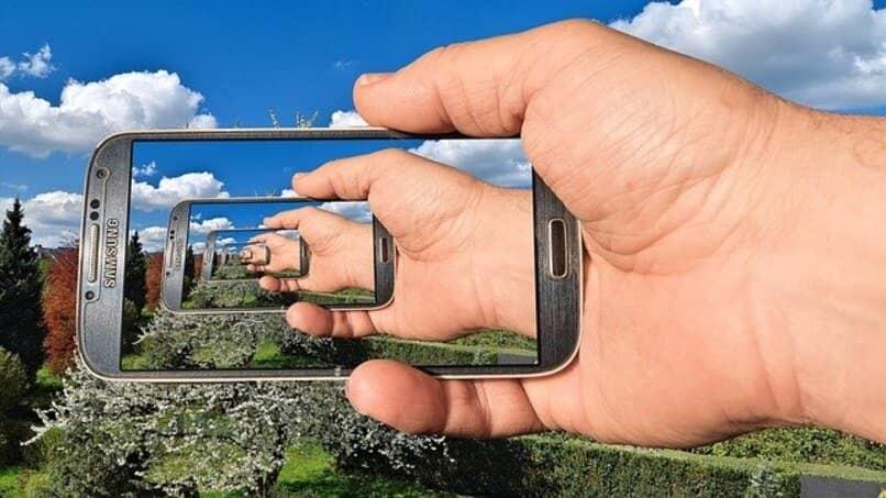 Samsung Galaxy S4 Mini mit Endlosschleifeneffekt